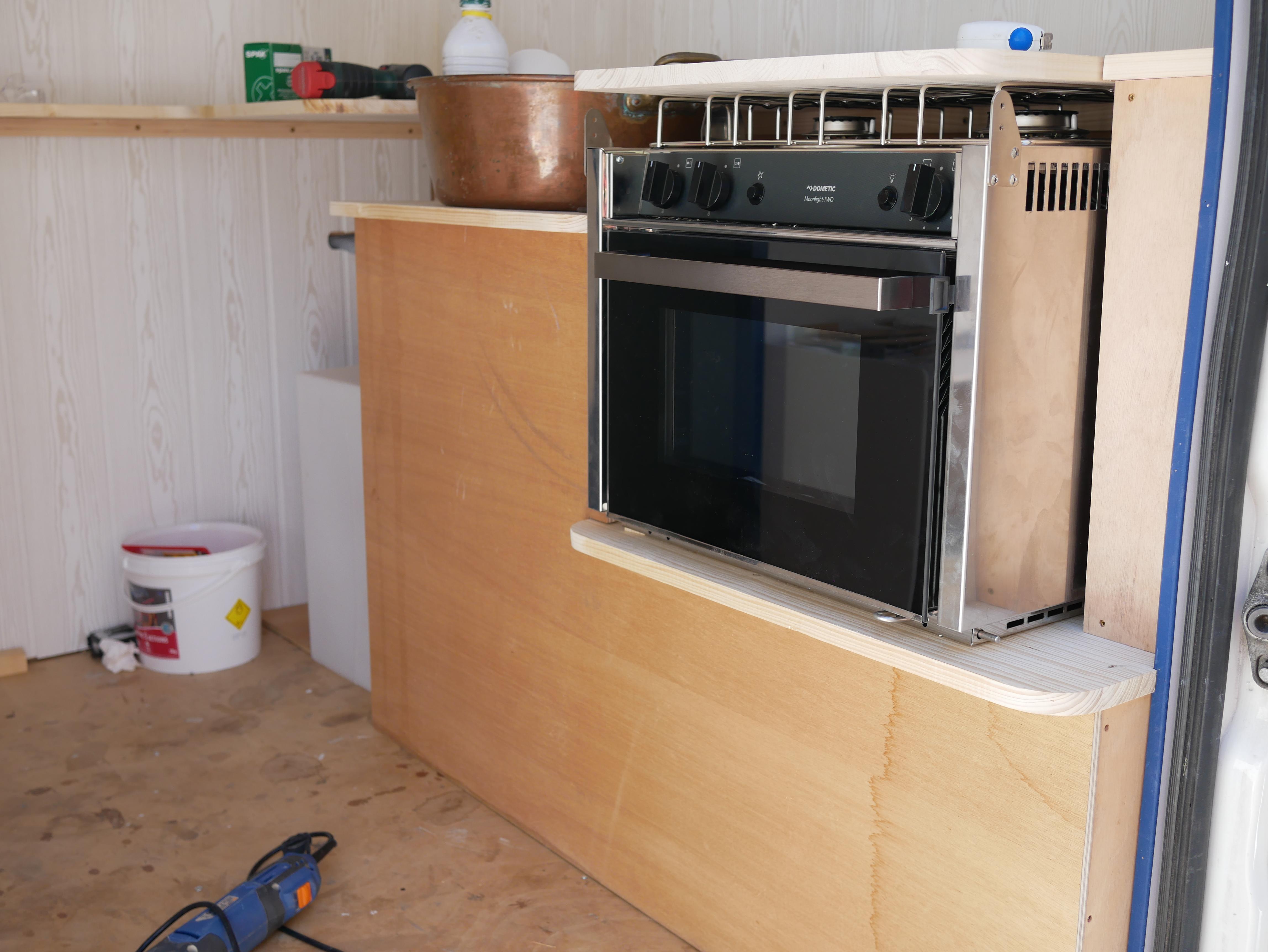 Plan De Travail Mobile article 9: »la cuisine, c'est nous et… d'la cogit' »